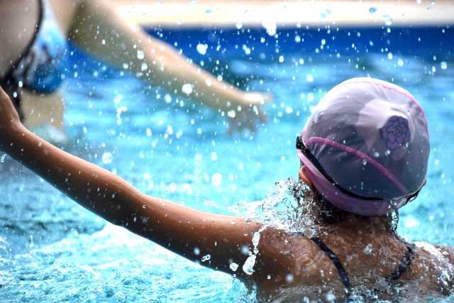水泳キャップCOLUMN