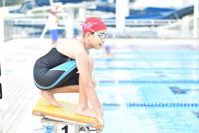 水泳の泳ぐ以外の動き