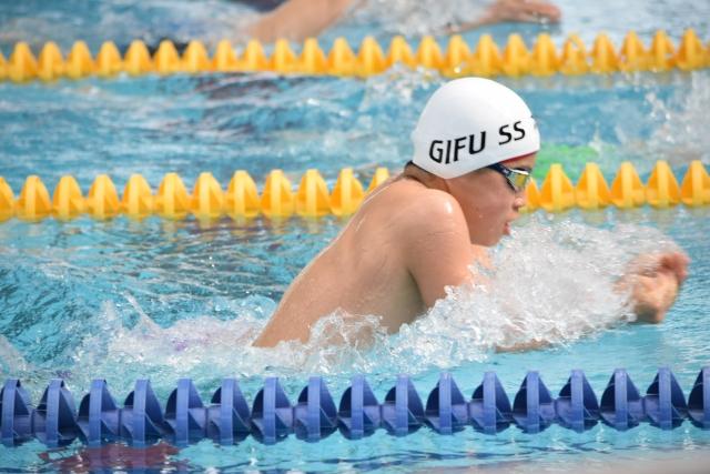 平泳ぎの平均タイムと速度アップの練習方法!これから平泳ぎをはじめる人必見