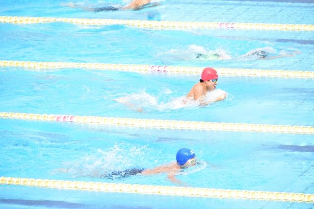 平泳ぎを猛特訓!~りょう