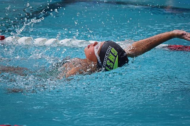 背泳ぎはターンがカギ~あるごん