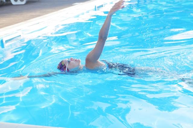 背泳ぎのタイムは姿勢が影響する~レミレミ